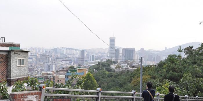 ソウル特別市「マウル共同体総合支援センター」「ソウル市役所」「ソンデコル」よりお話を伺いました(2014.9.30~10.02)